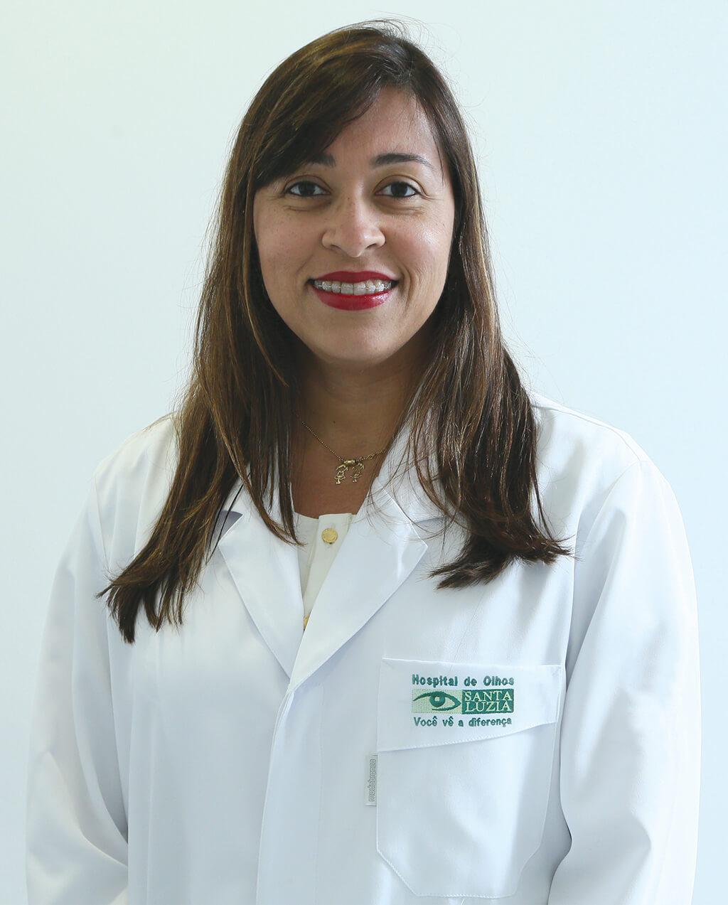 Mirelle Souza Leão