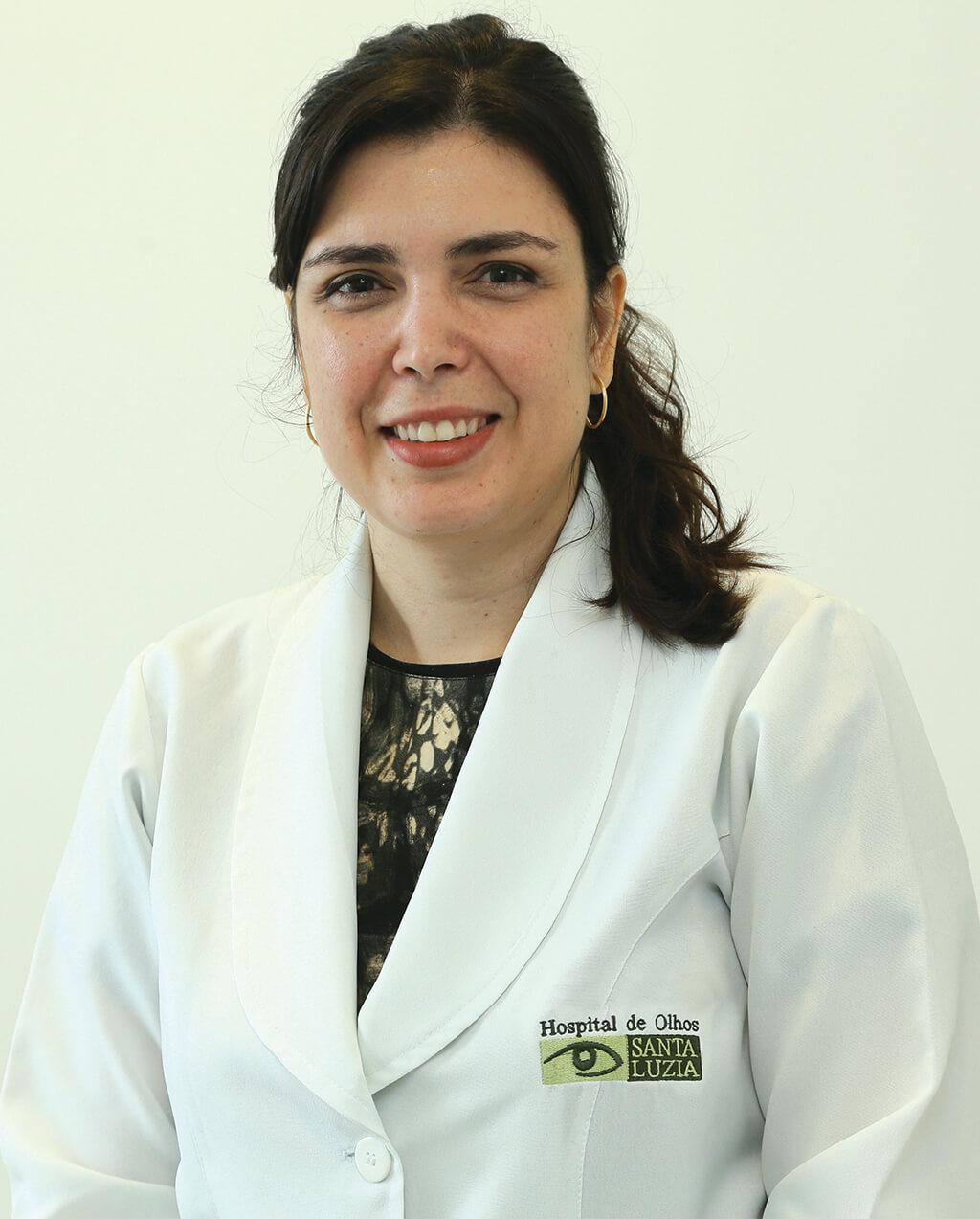 Cecília Pires